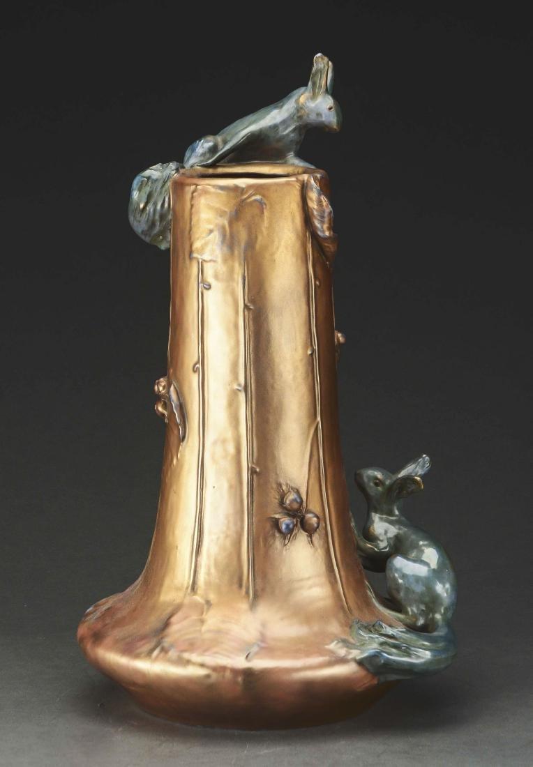 Stellmacher Amphora Vase. - 2