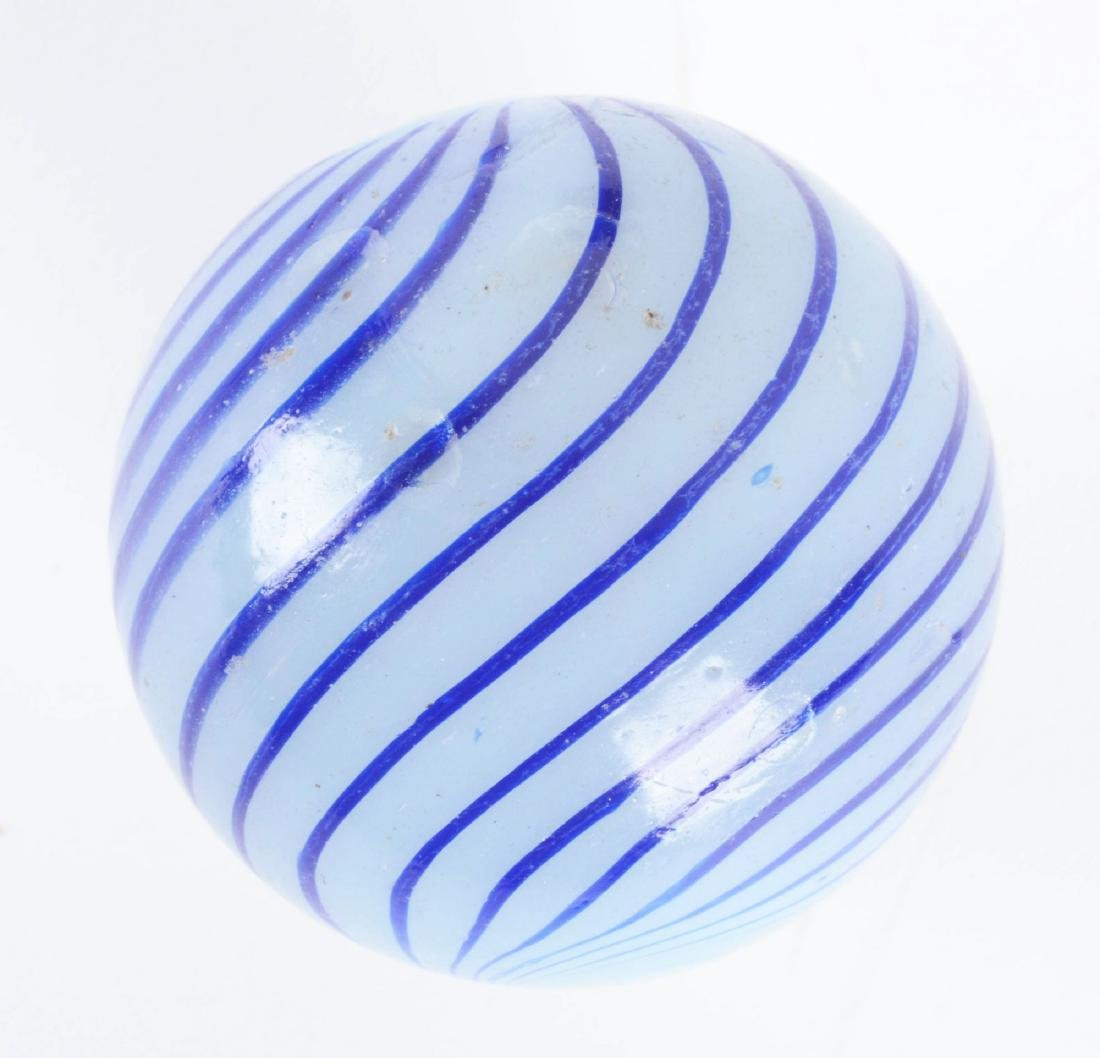 Large Clambroth Marble. - 4
