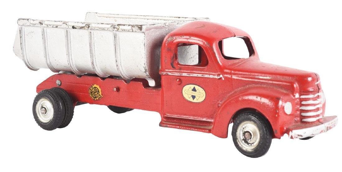Cast Iron Arcade International Hydraulic Dump Truck.