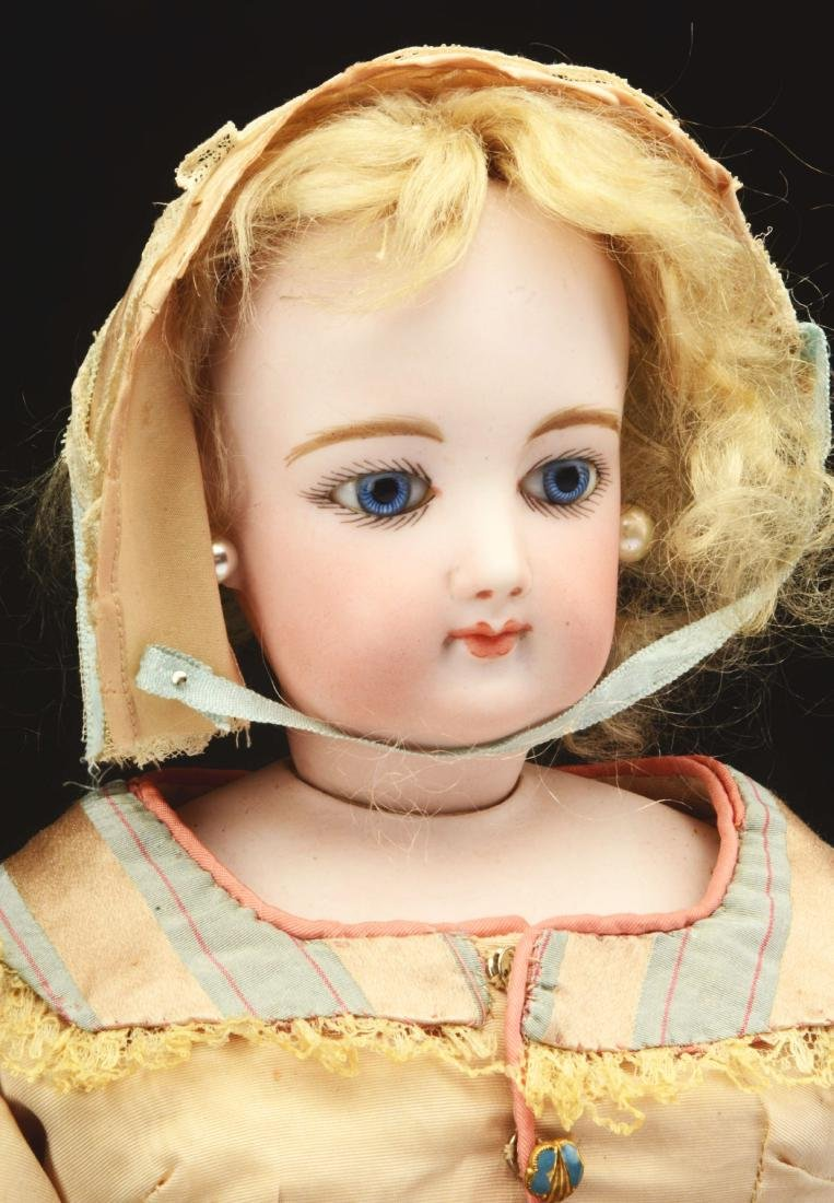 "Very Pretty 19"" French Fashion Doll. - 3"