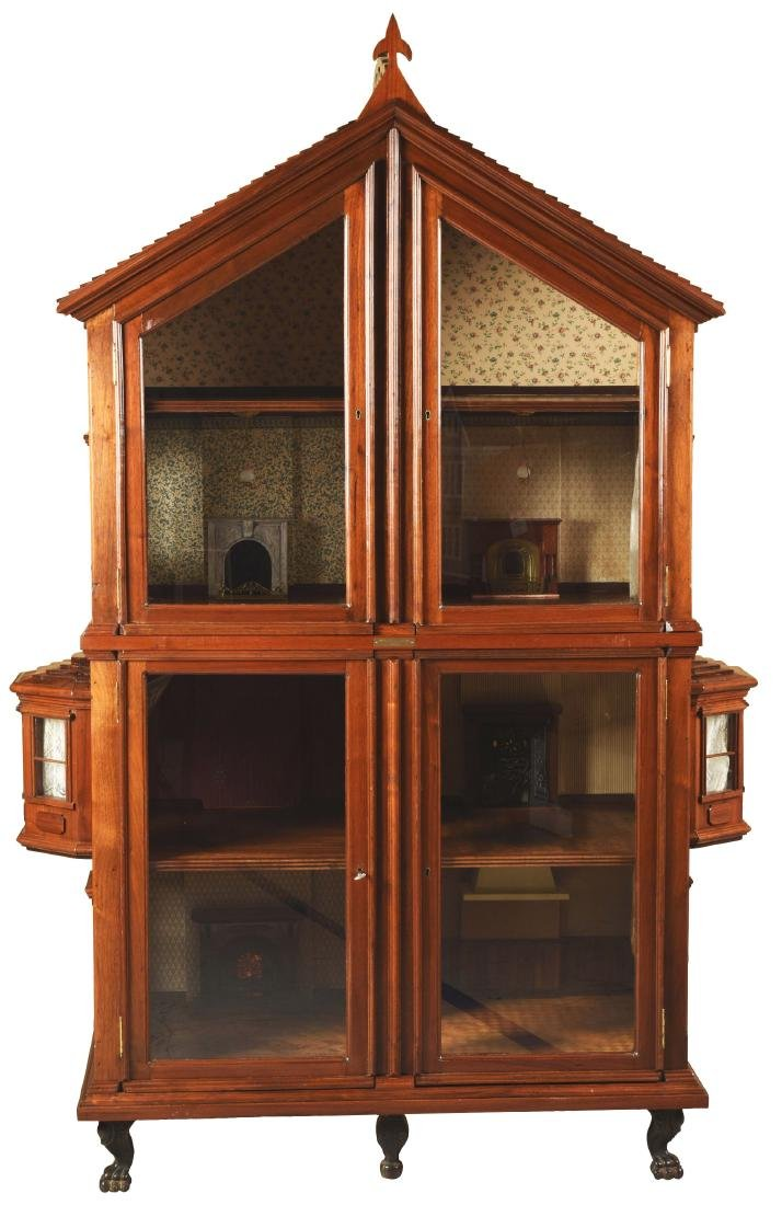 Cabinet Doll House.