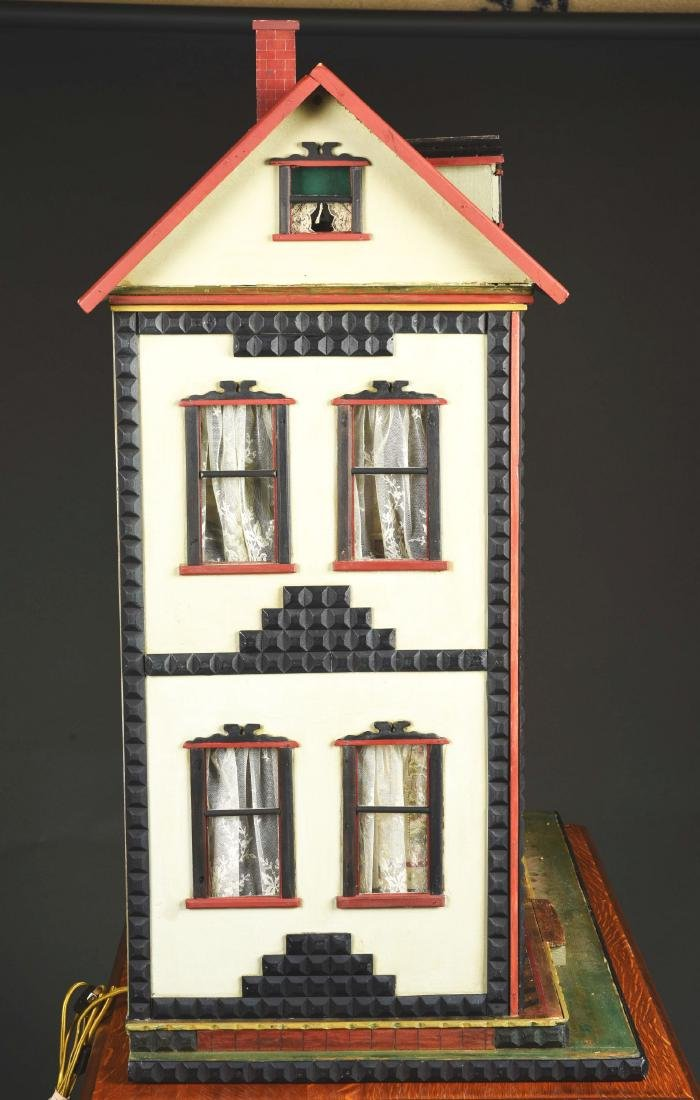 Small Mystery Dolls' House. - 9