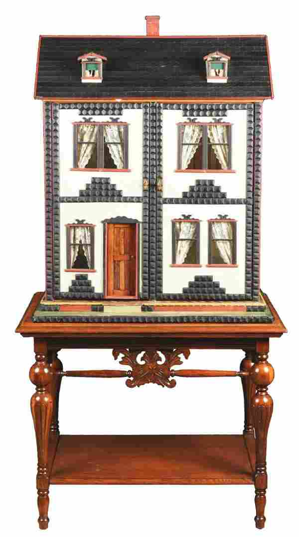 Small Mystery Dolls' House.