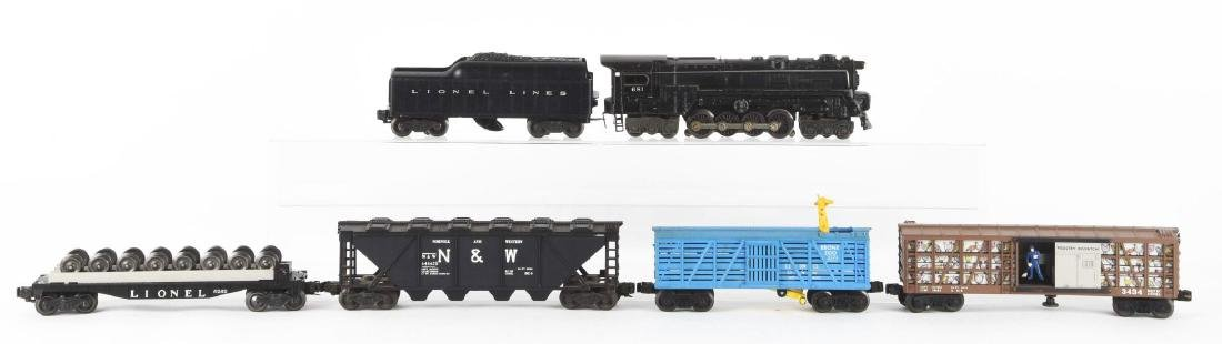 Lot Of 9: Lionel No. 681 Locomotive & Freight Cars.