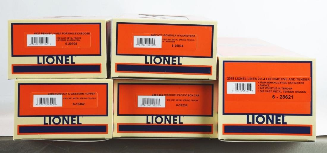 Lot Of 2: Lionel Train Sets. - 4