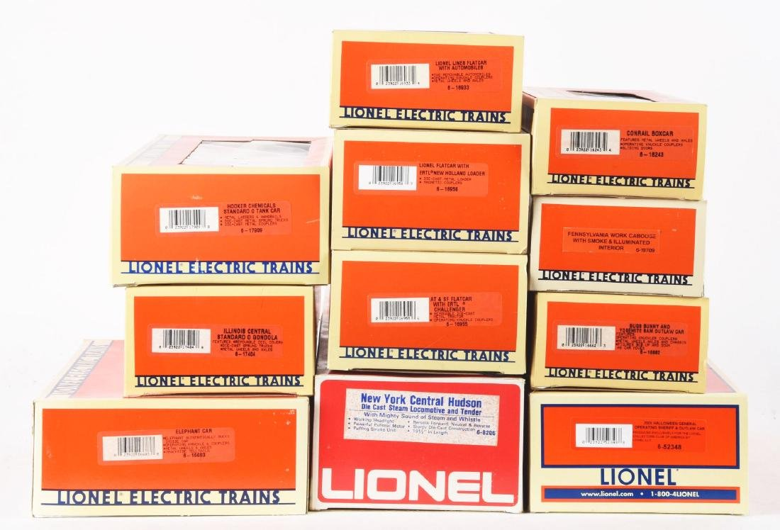 Lot of 12: Lionel No. 8206 Locomotive Freight Cars. - 2