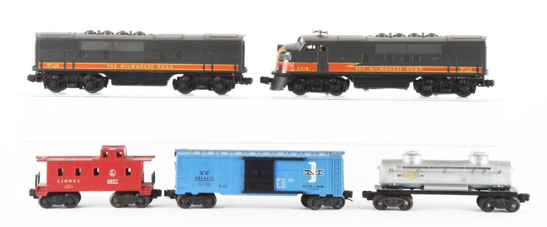 Lot of 5: Lionel No. 2378 Milwaukee Road AB Unit and - 2