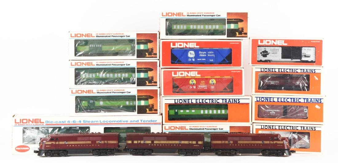 Lot of 16: Lionel PRR F3, Crescent Set and Boxcars.