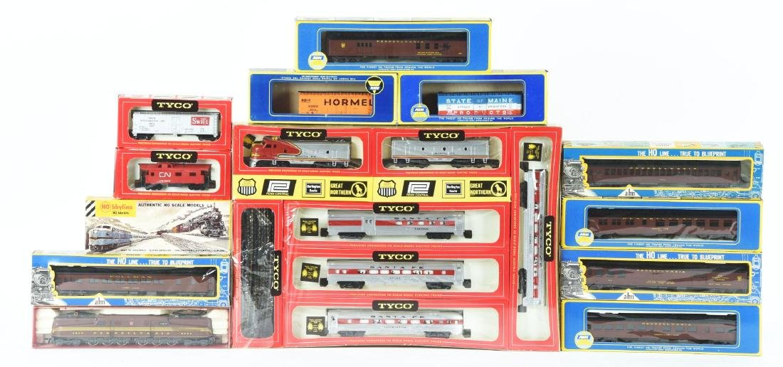 Lot of 12: Box Set and Rolling Stock.