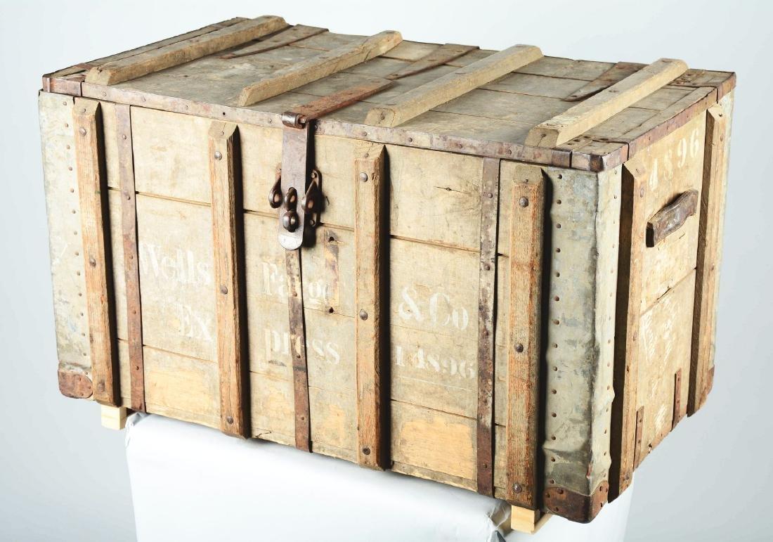 Wells Fargo & Co. Express Shipping Trunk. - 5
