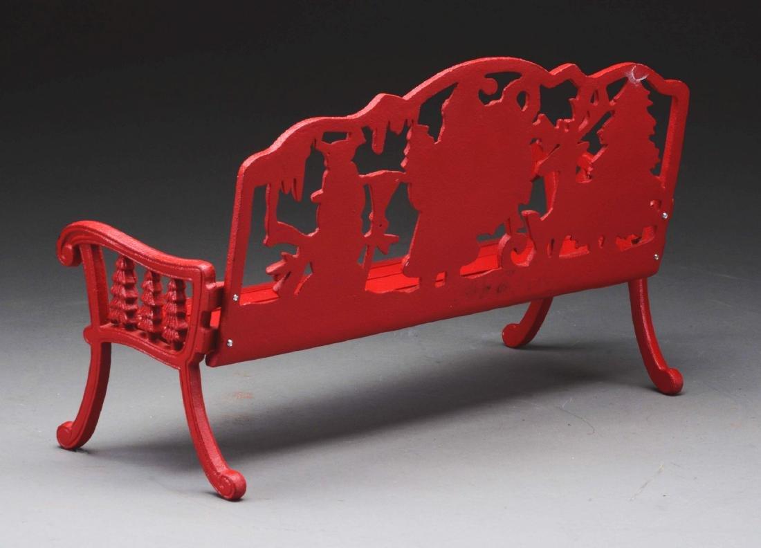 Red Santa Bench. - 3