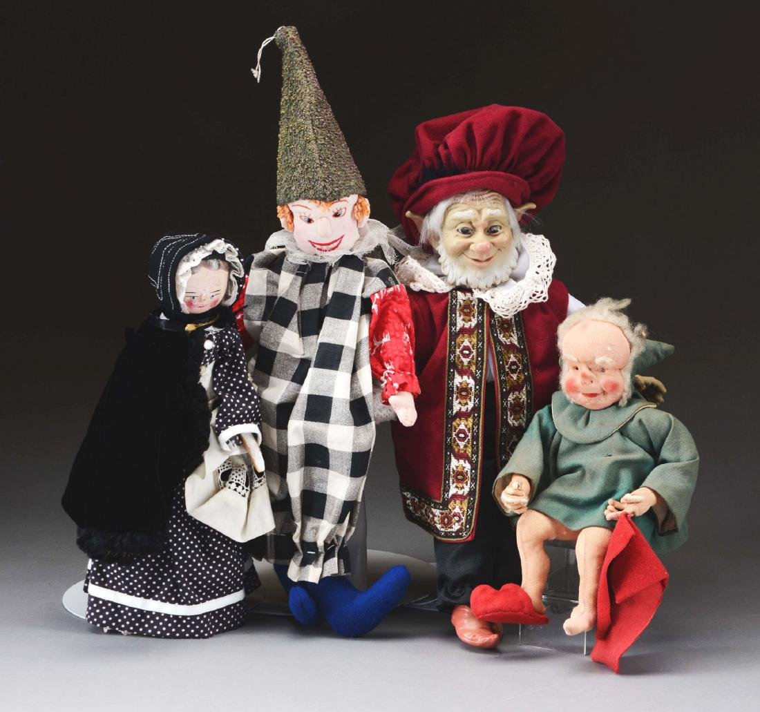 Lot Of 4: Dolls.