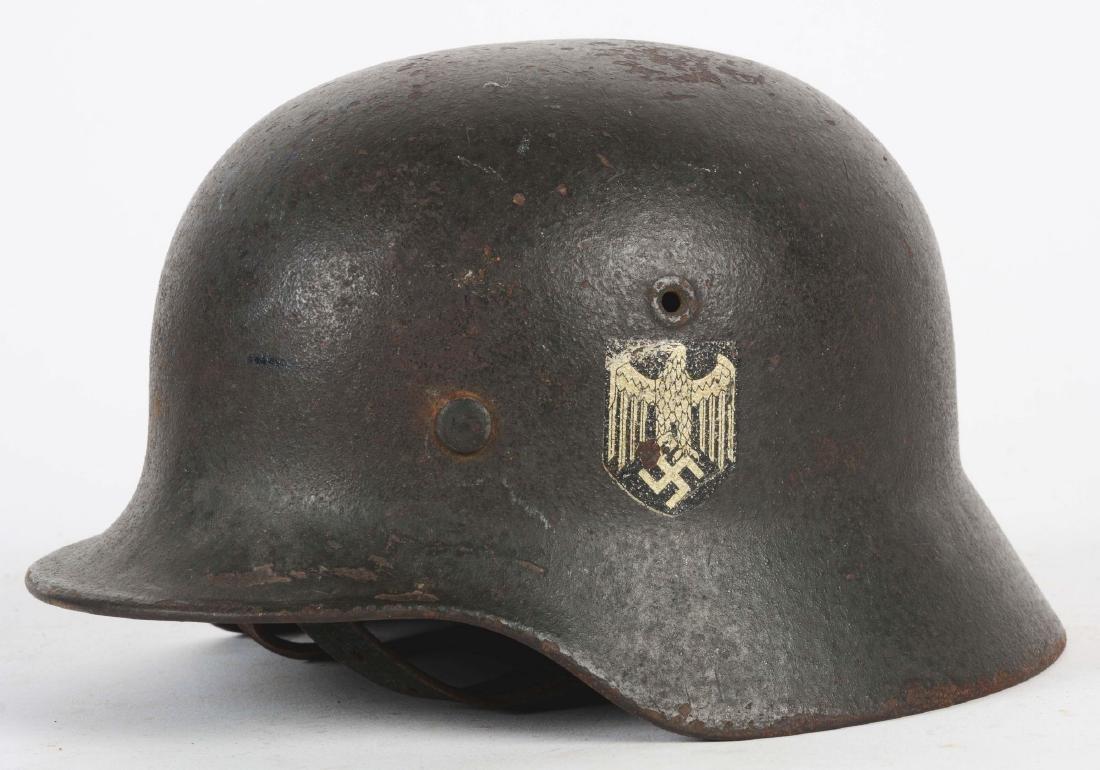 German WWII Heer M40 Single Decal Helmet. - 2