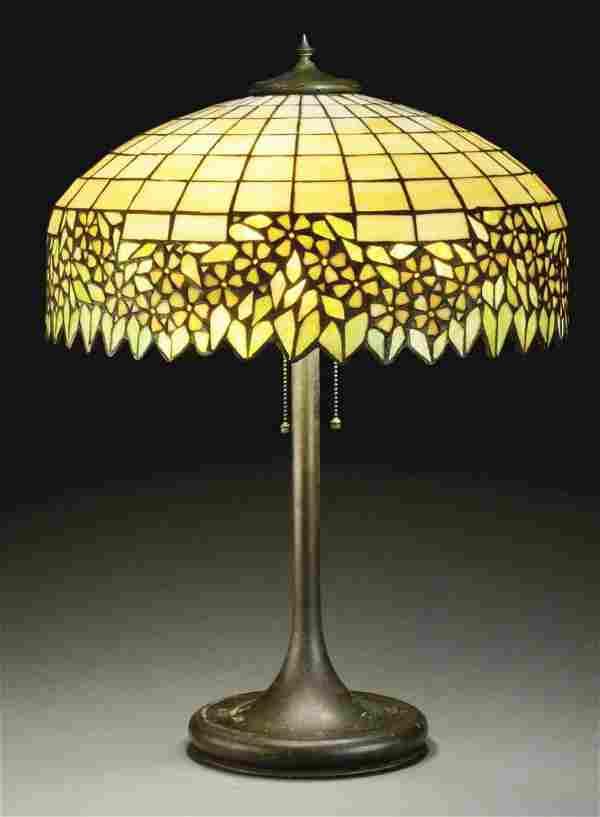 UNIQUE LEADED GLASS TABLE LAMP.