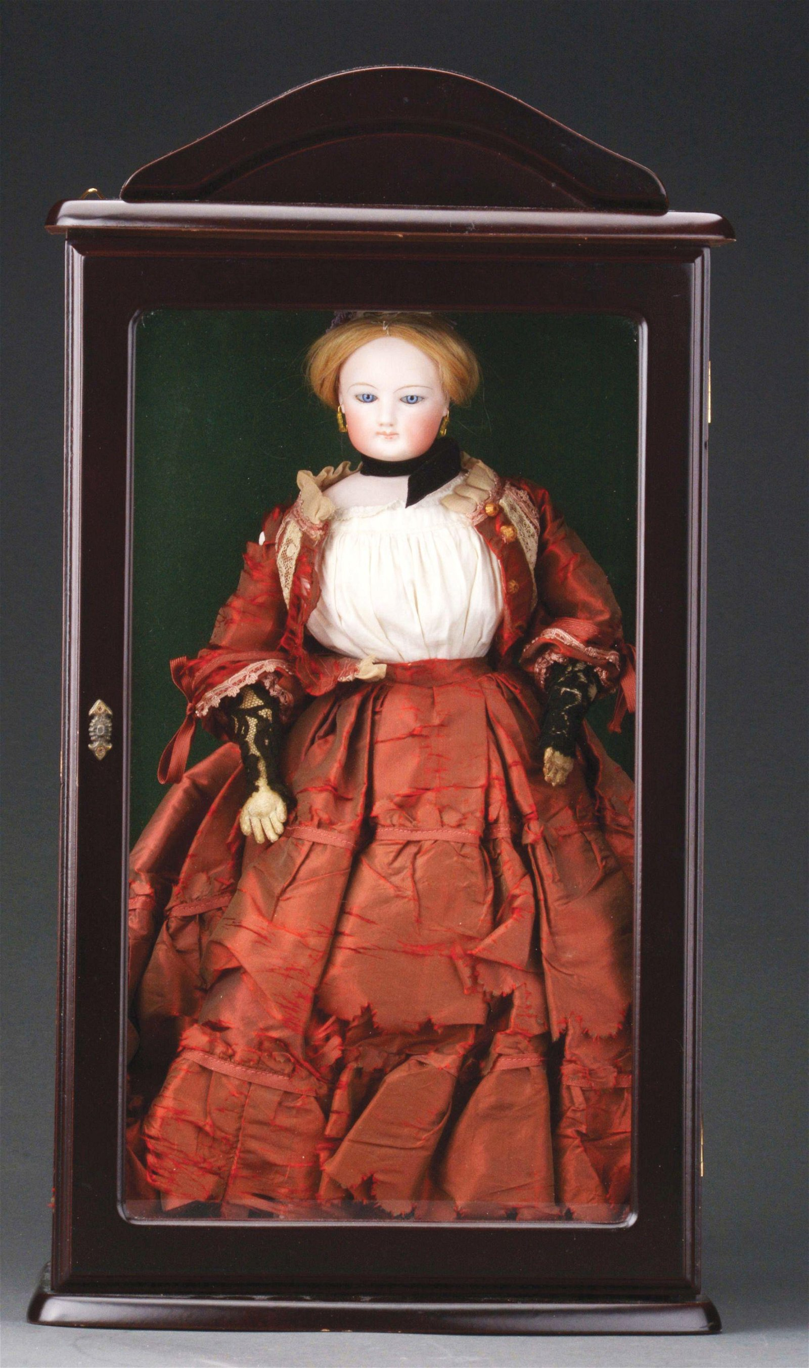 FRENCH FASHION DOLL IN WOODEN GLASS-FRONTED DISPLAY