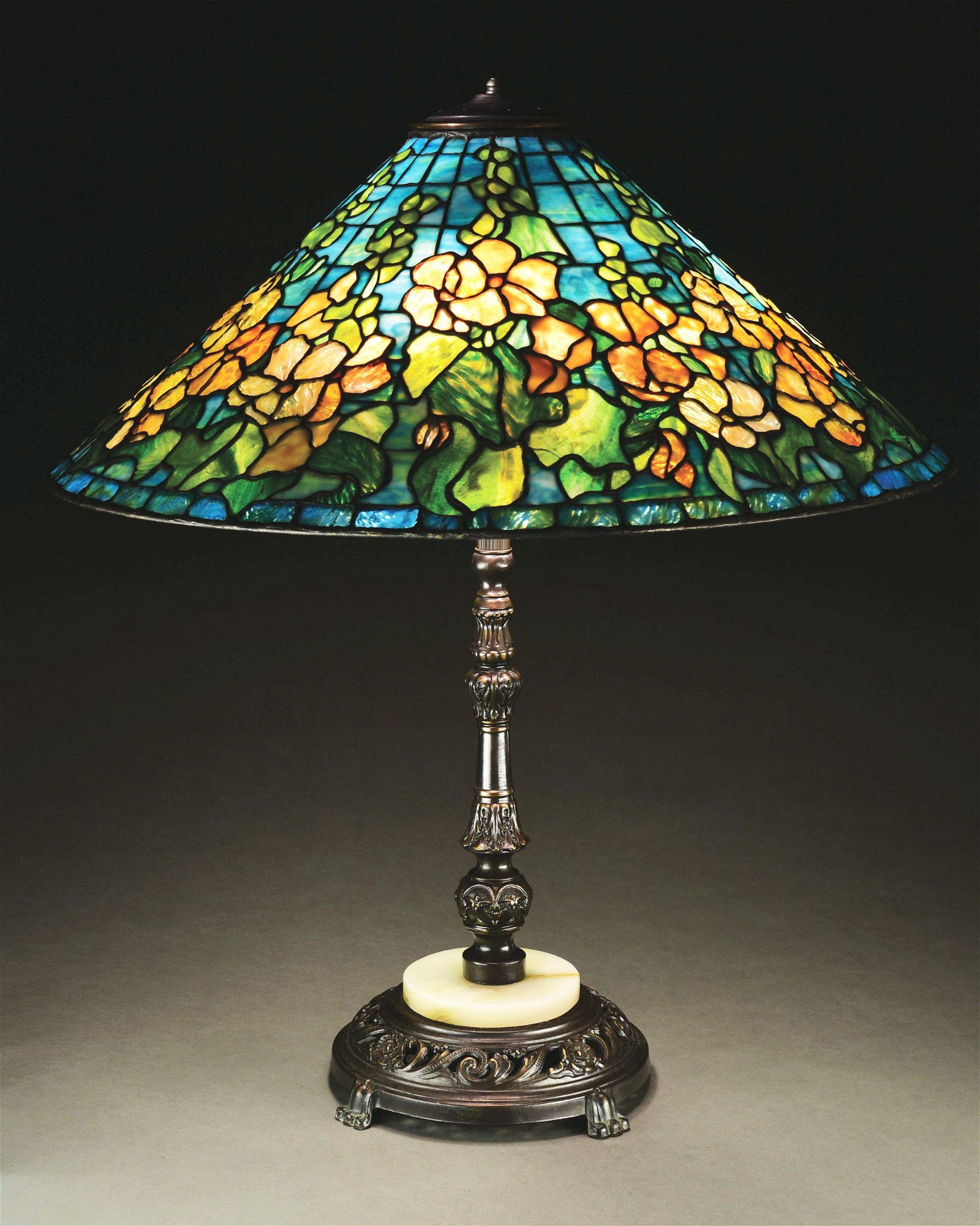 SOMERS FLORAL LEADED GLASS LAMP.