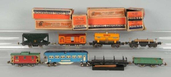 1608: Lot of 8: Lionel O-Gauge Train Cars.