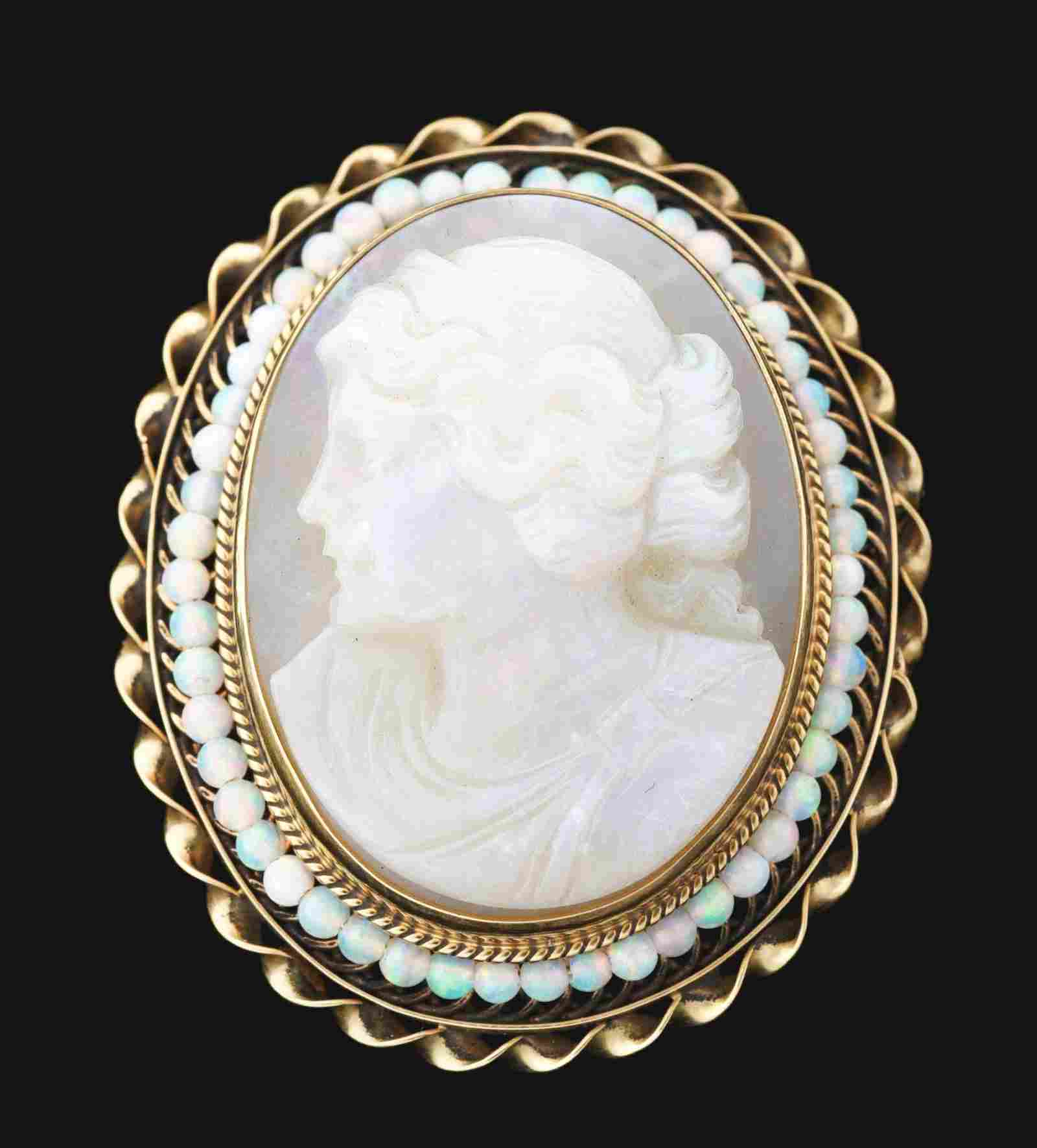 ANTIQUE 14K GOLD CARVED OPAL CAMEO BROOCH/PENDANT.