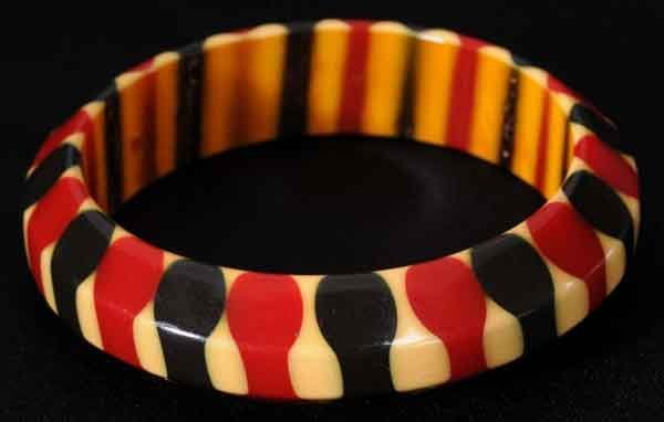 302: Bakelite Cream, Red & Blue Bracelet.
