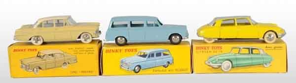902: Lot of 3: Dinky Toys Die-Cast Automobiles.