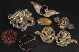 711: Lot of 7: Antique Jewelry Pins.
