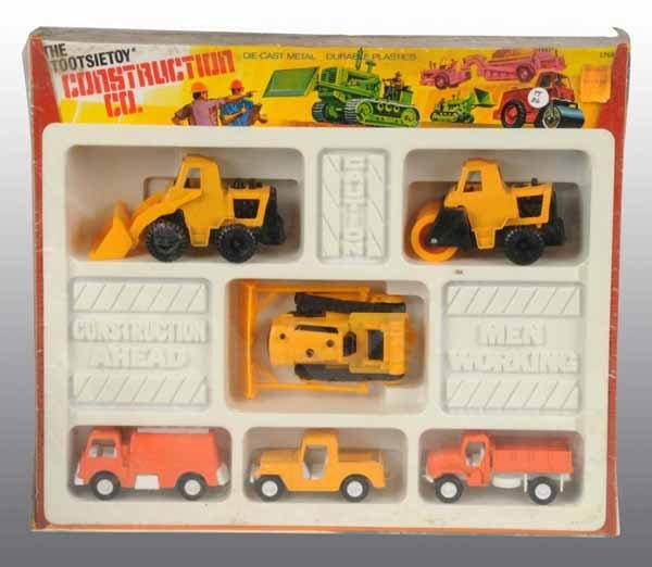 2102: Lot of 5: Tootsie Toy Vehicle Sets.