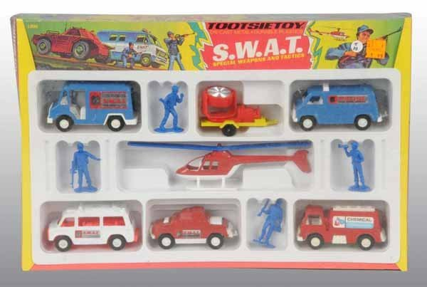 2103: Lot of 4: Tootsie Toy Vehicle Sets.