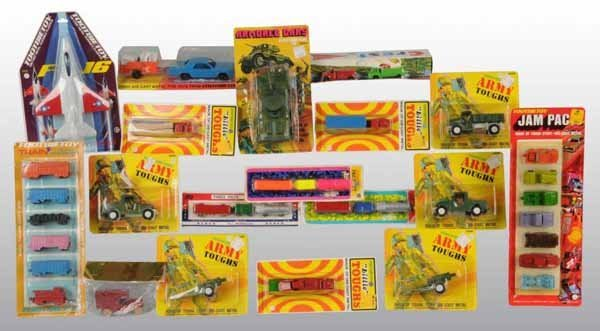 2105: Lot of 18: Tootsie Toy Die-Cast Vehicle Toys.