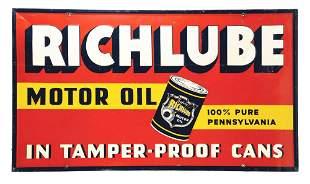 RARE RICHLUBE MOTOR OIL EMBOSSED TIN SERVICE STATION