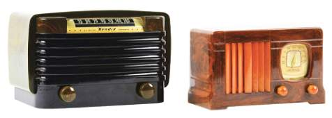 LOT OF 2: BENDIX MODEL 526-C AND MOTOROLA 54A1 CATALIN