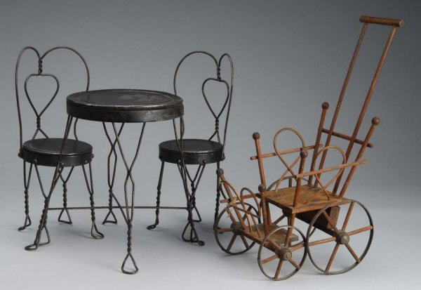 1012: Lot of Ice Cream Table/Chairs & Wicker Stroller.