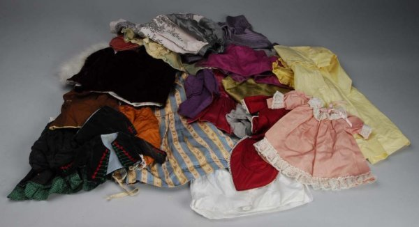 1016: Large Lot of Doll Clothing.