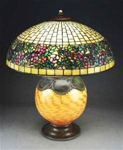 TIFFANY STUDIOS BELTED ROSE TABLE LAMP.