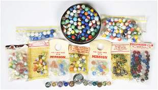 LARGE LOT OF MARBLES.