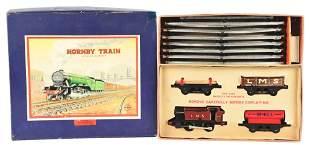 ENGLISH HORNBY O GAUGE FREIGHT TRAIN SET.