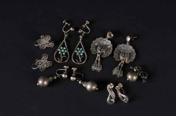 5: Lot of 6: Sterling Silver Earring Pairs & 1 Pin