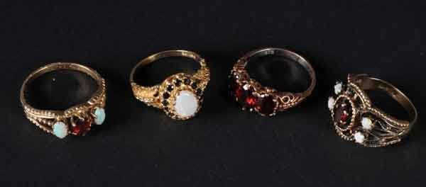 11: Lot of 4: Gold Rings.