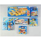 1676 Lot of 7 Mattel Hot Wheels Vehicle Sets