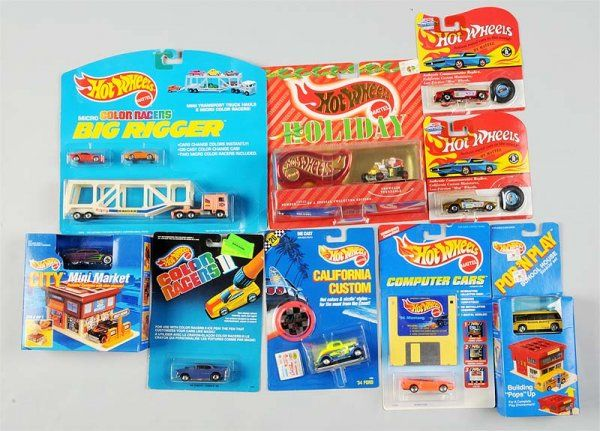 Lot of 15: Miscellaneous Mattel Hot Wheels Cars.