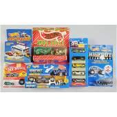 1756 Lot of 17 Miscellaneous Mattel Hot Wheels Cars