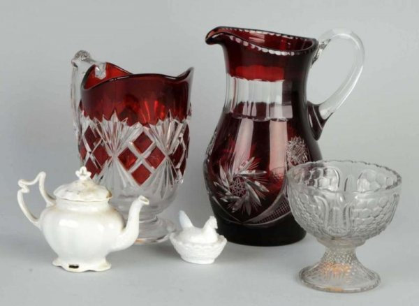 17: Lot of 5: Glass Items.
