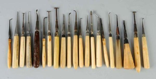 20: Lot of 21: Dental Pluggers.