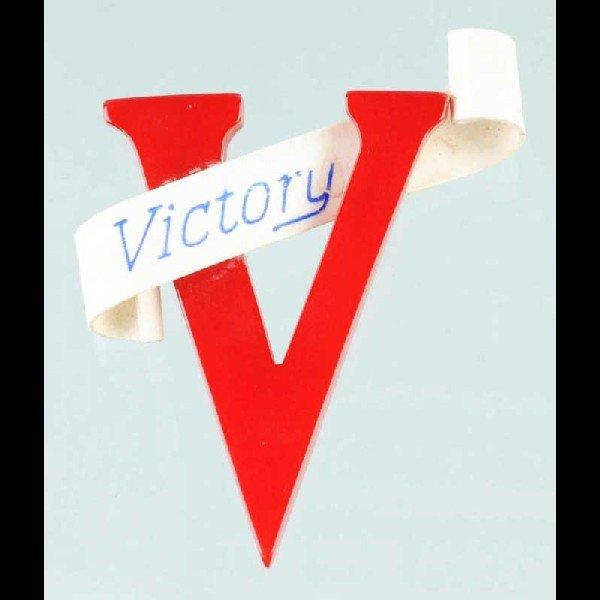 405: Vintage Bakelite WWII Victory Pin.