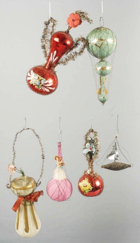 219: Lot of 6: Wire Wrapped Ornaments.