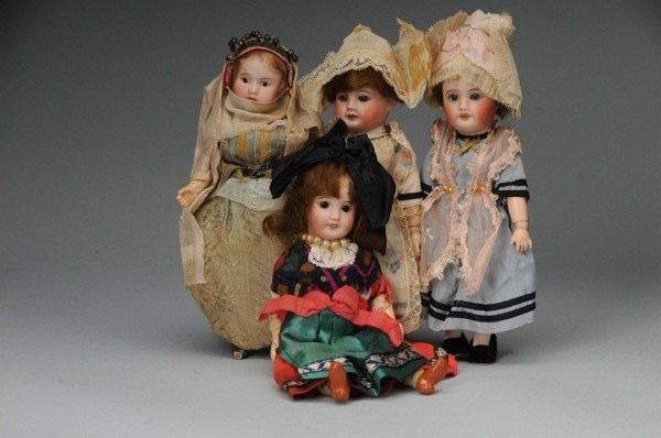 915: Lot of 4: French Bisque Dolls.