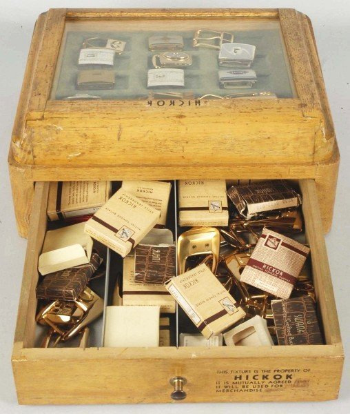 9: Hickok Belt Buckle Store Display Box. - 2
