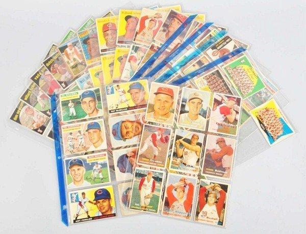11: Group Lot of Cincinnati Reds Baseball Cards.