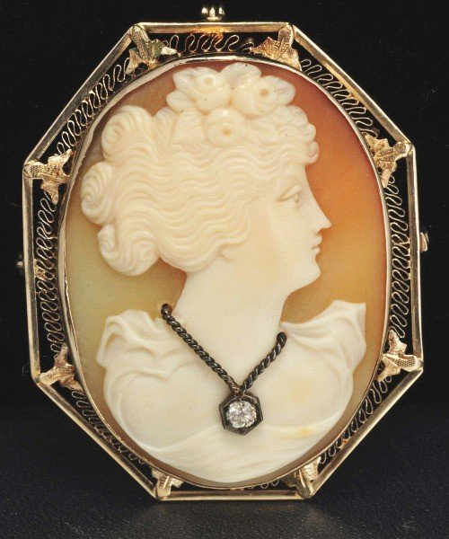 17: Antique 14K W. Gold Shell Cameo Pin.
