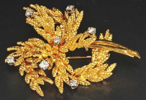 21: 18K Y. Gold Diamond Pin.