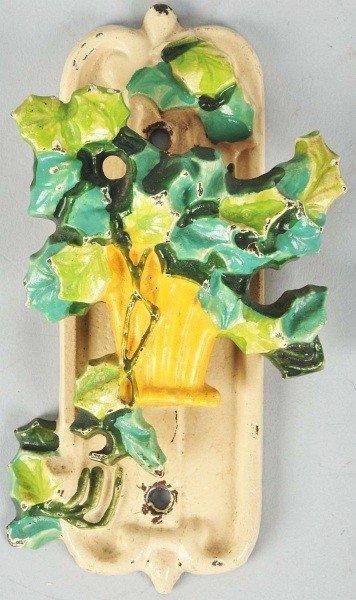 1005: Cast Iron Hubley Ivy in Yellow Basket Doorknocker
